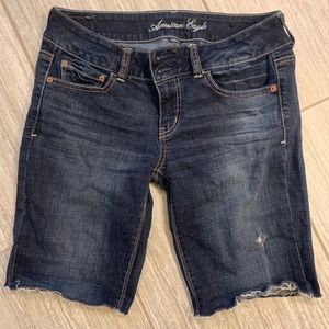 American Eagle cutoff jean shorts size 8